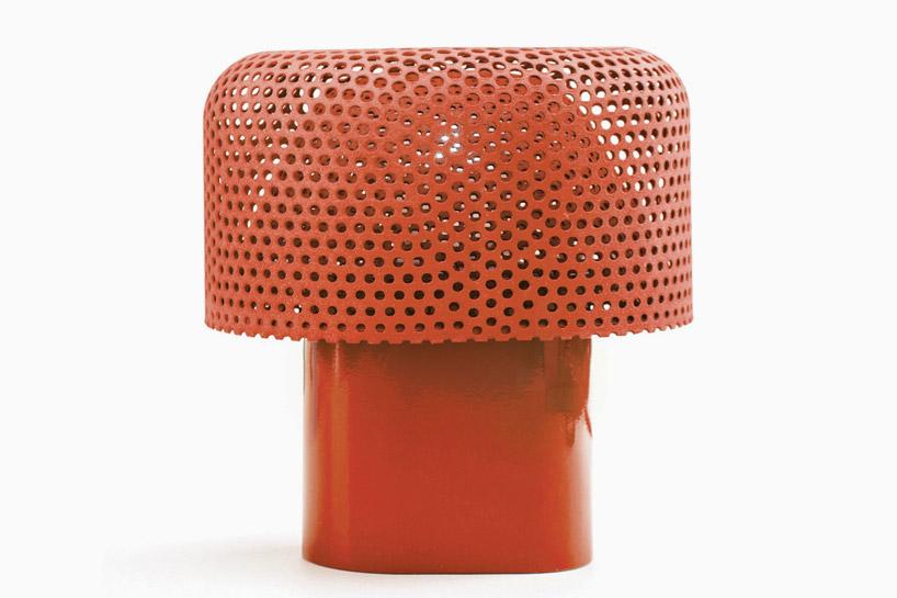 Beetle Tischlampe von Alessandro Zambelli (Bildquelle: Alessandro Zambelli via designboom.com)