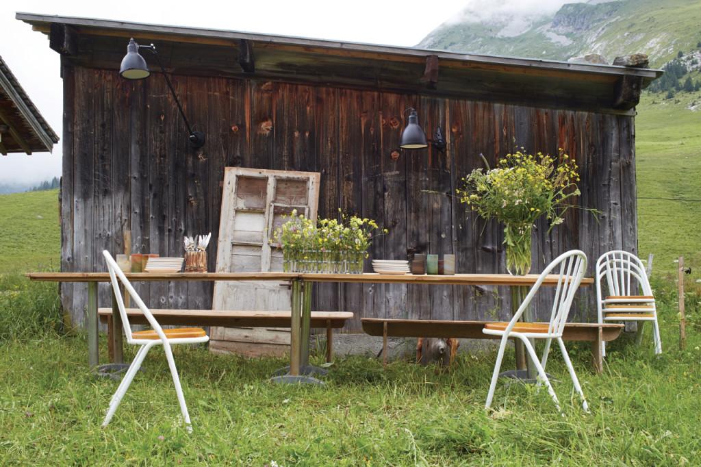 La Lampe Gras No. 217 XL In And Out (Bildquelle: DWC éditions via archiproducts.com)