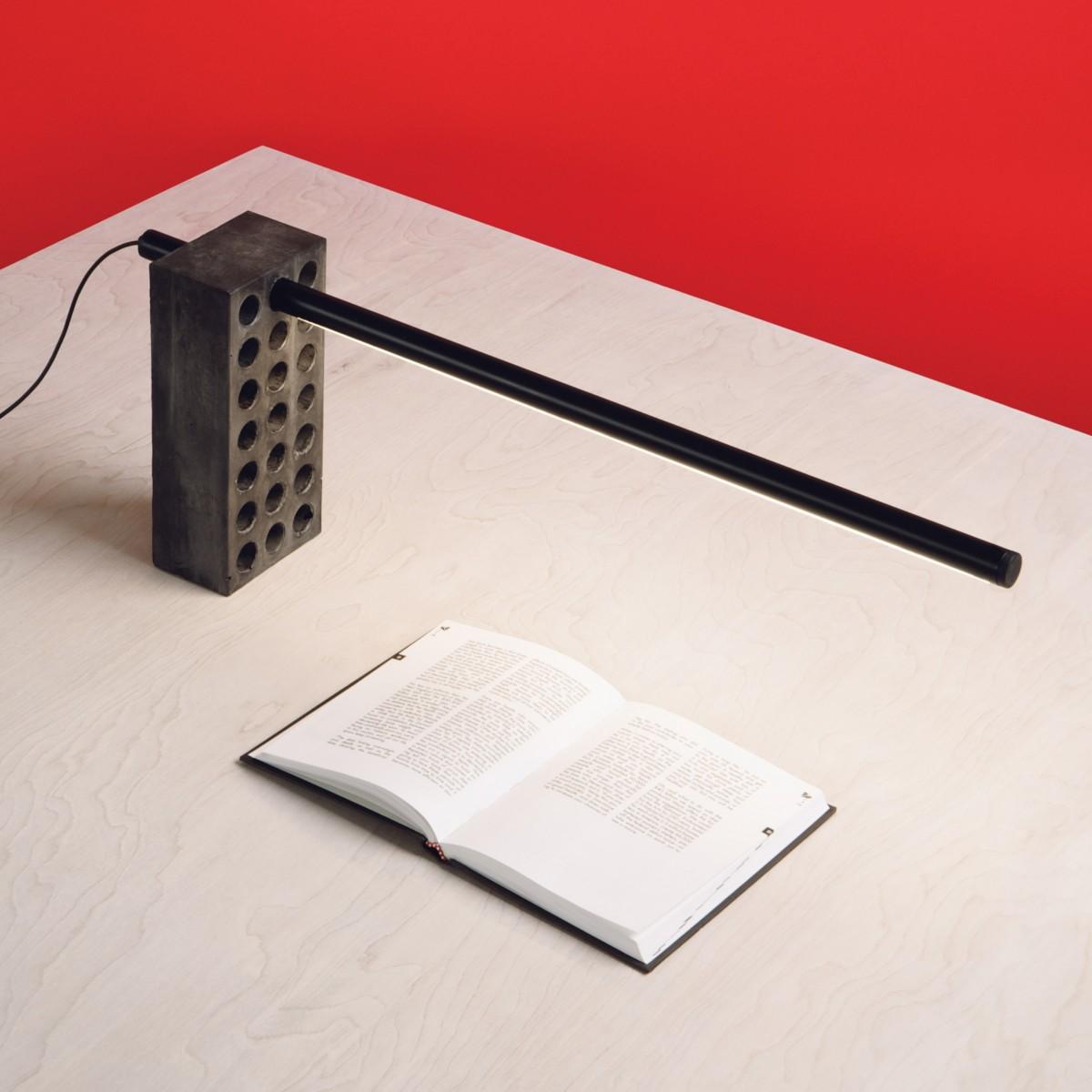 """""""Brick Lamp"""" von Philippe Malouins (Bildquelle: www.umbrashift.com)"""