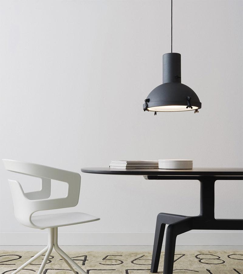Le-Corbusier-Projecteur-365-Pendant