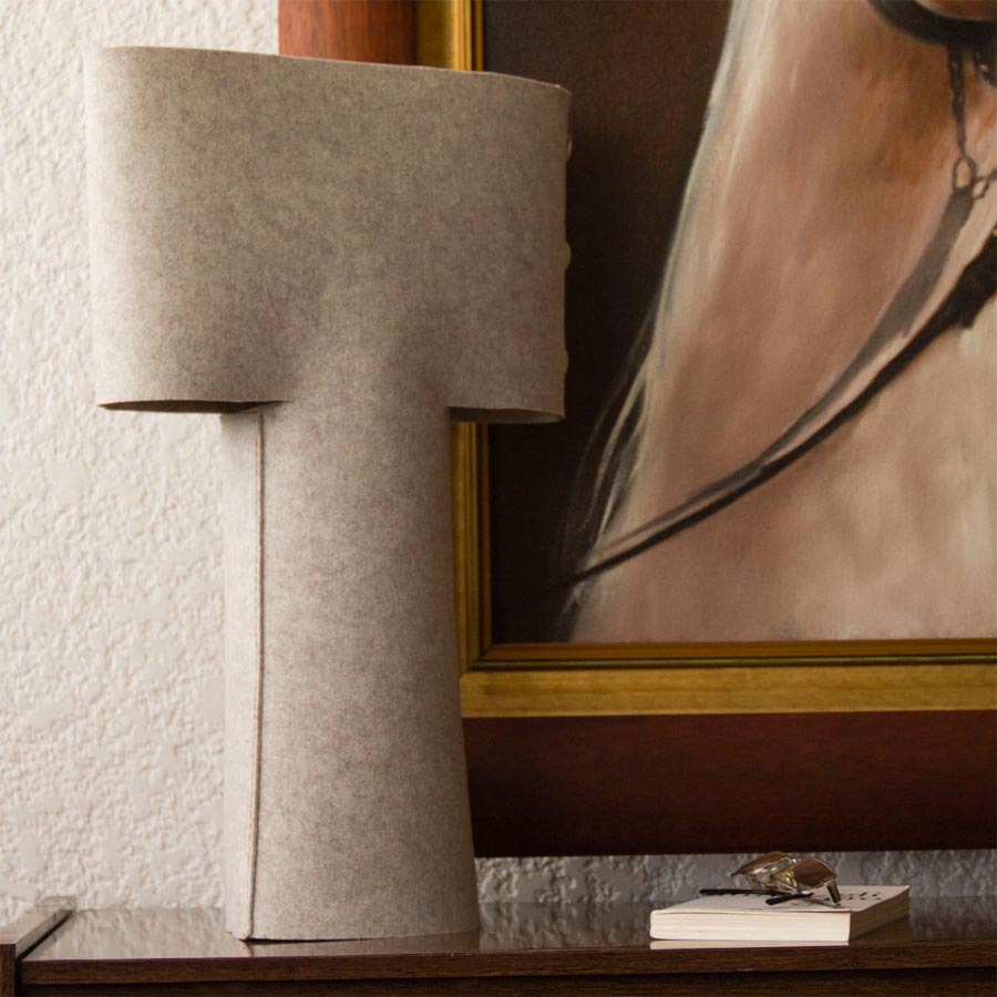 """Sleeve Table Lamp"" von Metrocuadro Design (Foto: Metrocuadro Design)"