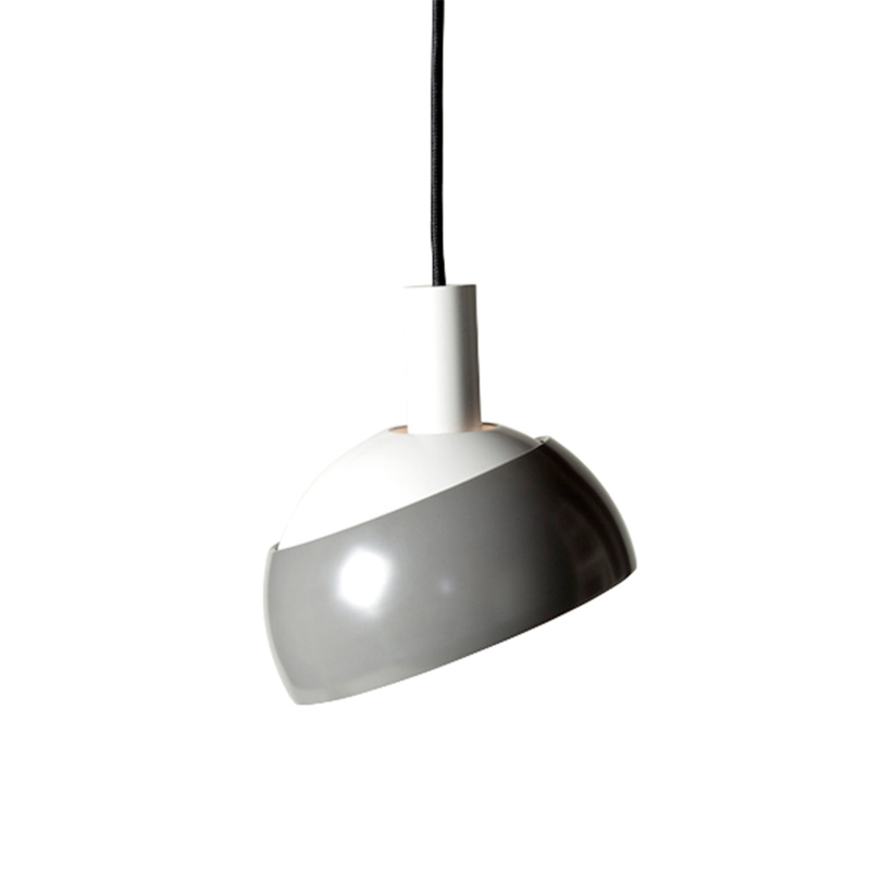 """FJ""-Lamp von Finn Juhl (Foto: OneCollection)"