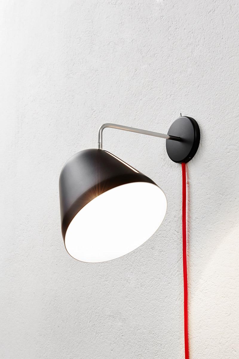 """""""Tilt""""-Wandleuchte von jjoo design für Nyta (Foto: Nyta)"""