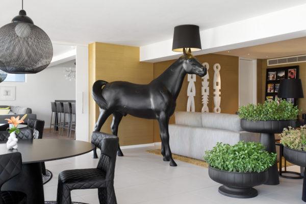 """""""Horse Lamp"""" von Front Design für Moooi (Foto: Adam Letch / Moooi)"""