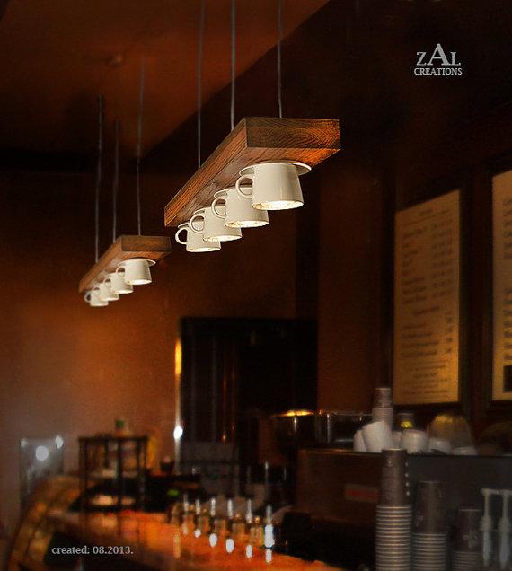 Lampe aus Kaffeetassen (Foto: ZALcreations)