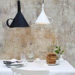 Sieb, Reibe, Kanne & Co.: 15 kreative DIY-Lampen aus alten Küchenutensilien