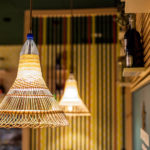 "Lampen aus Plastikflaschen: Upcycling-Projekt ""PET-Lamps"" von Alvaro Catalán de Ocón"