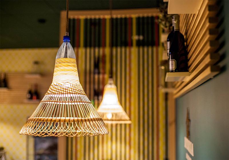 lampen aus plastikflaschen pet lamps. Black Bedroom Furniture Sets. Home Design Ideas