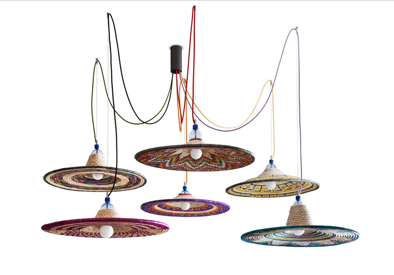 """PET-Lamps"" von Alvaro Catalán de Ocón (Foto: www.petlamp.org)"