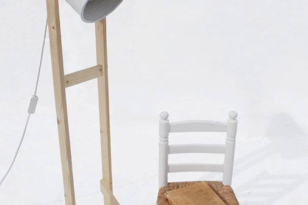 Upcycling-Stehlampe von Iliüi Nobili Güida