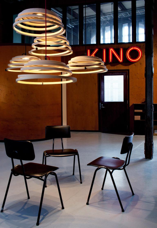"""""""Asprio 8000"""": Designerleuchte aus Holz von Secto aus Finnland (Foto: Secto)"""
