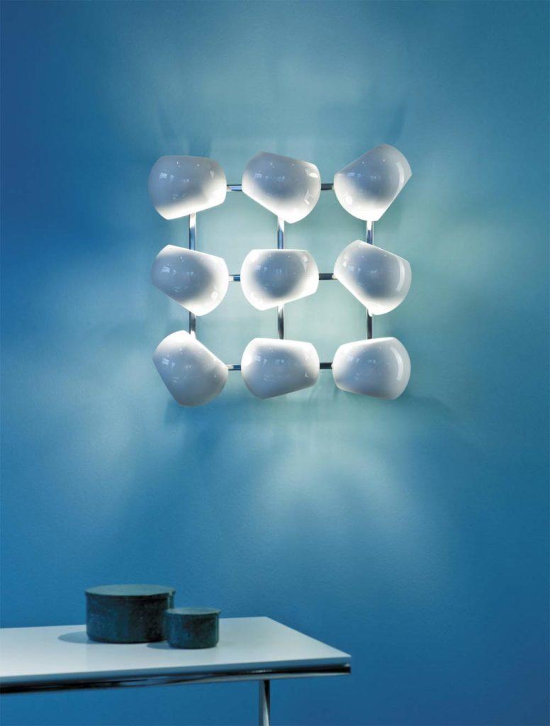 """^Leuchte aus Porzellan: """"White Moons"""" von Licht im Raum (Foto: Licht im Raum)"""