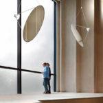 """Satellit im Raum: """"Amisol"""" von Daniel Rybakken für Luceplan"""