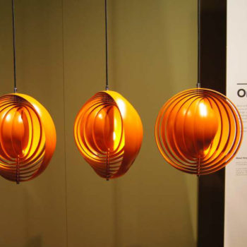 """Moon Lamp"" von Verner Panton in orange"