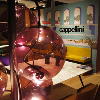 Farbenfroh: Am Stand von Cappellini