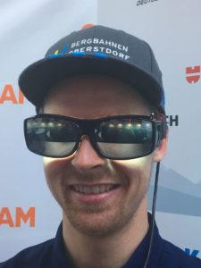 Nutzt Human Centric Lighting: Stefan Luitz, Weltcupfahrer des DSV, mit der Lichtbrille (Foto: Deutscher Skiverband)
