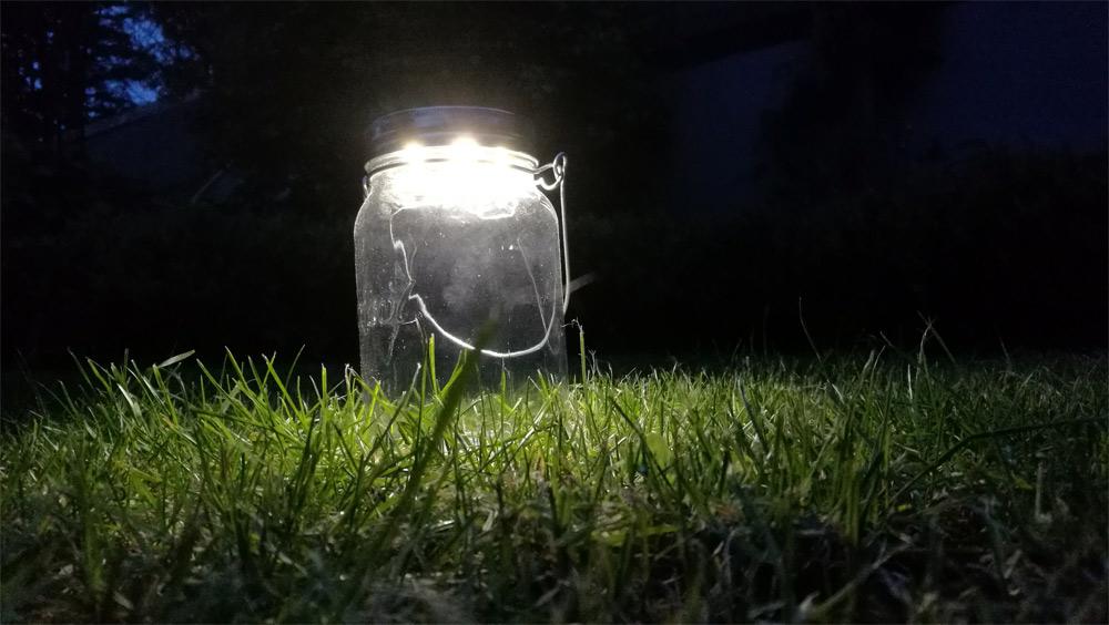 Sonnenglas: Genug Licht für eine gemütliche Runde im Freien