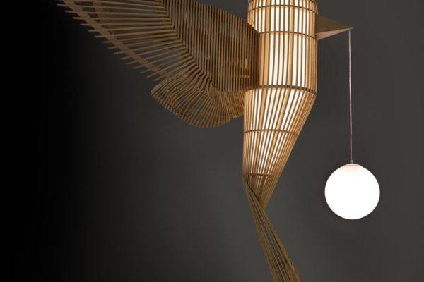"""""""Big Bird"""" von von Isidro Ferrer (Foto: LZF Lamps)"""
